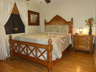 tommy bahama bedroom set. Tommy Bahama bedroom furniture in master suite Ground floor  steps to the pool jacuzzi an VRBO