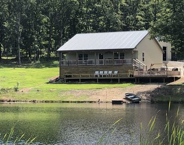 Photo for 3 Bedroom Cottage on 1.5 ac. Private Lake.  25 acres of  Ozark Woods to explore.