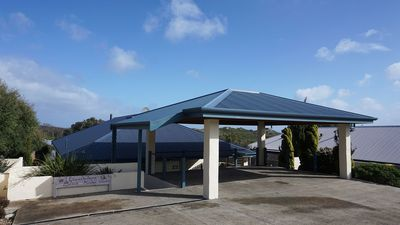 Double Carport and Car Bay