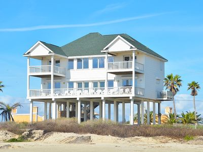 Photo for Beachfront - Open Layout - Close to Town - 3 King 1 Queen + Double Bunk