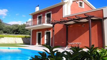 Search 848 holiday rentals