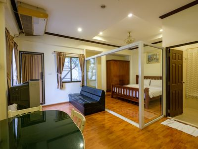 Photo for 1BR Apartment Vacation Rental in Bangkok