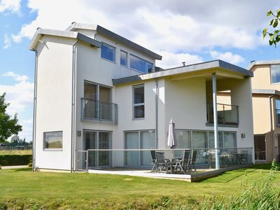 Photo for 4 bedroom accommodation in Somerford Keynes, near Cirencester