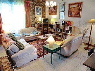 Photo for Lovely Villa nr river Aude with balcony, garden, patio. 8 ms east of Carcassonne