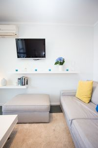 Photo for Comfortable 2 bed apartment on Scarborough Beach