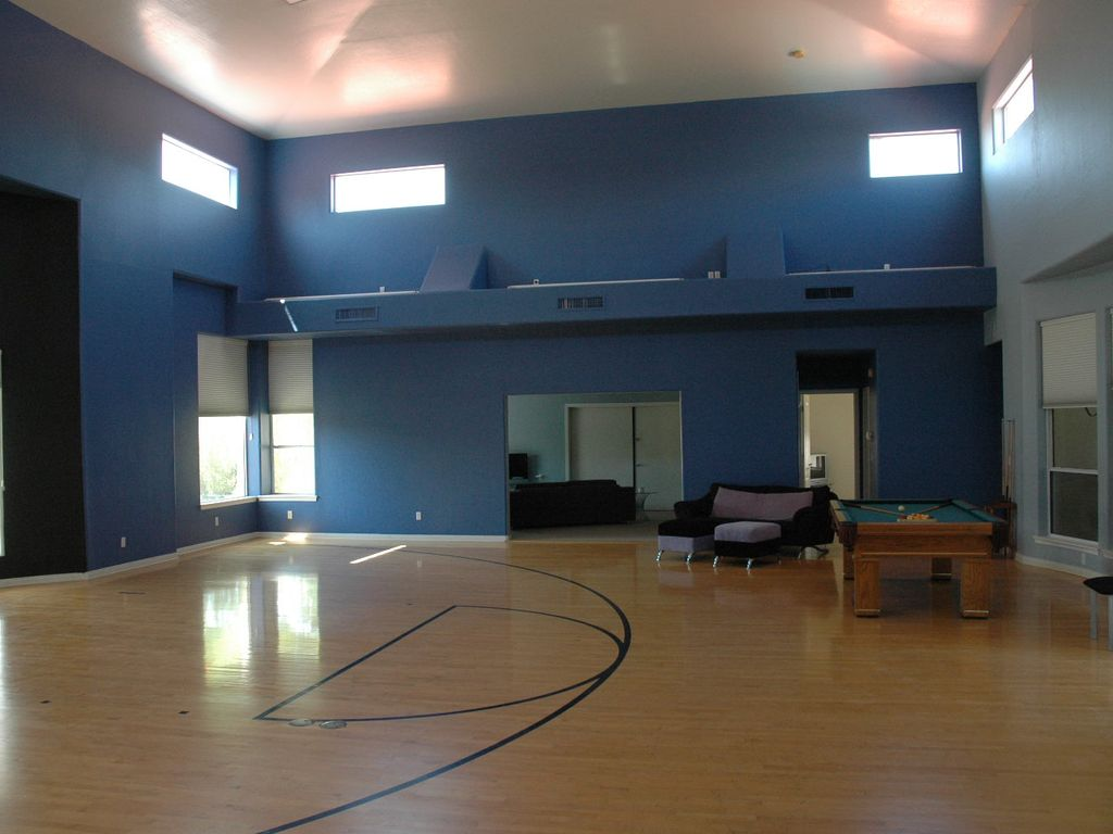 Celebrity Estate House with Indoor Basketball Court, Phoenix ...
