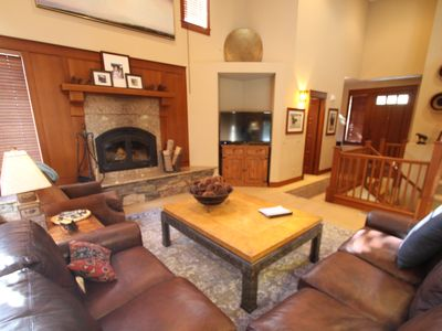 Photo for 4BR Townhome Vacation Rental in Mammoth Lakes, California