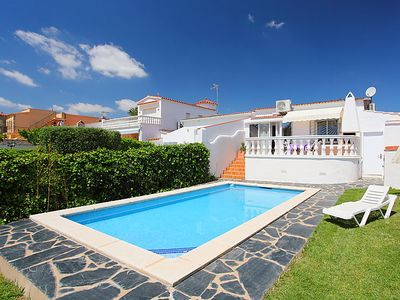 Photo for 3 bedroom Villa, sleeps 6 in Empuriabrava with Pool, Air Con and WiFi
