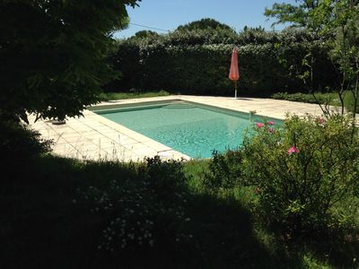 Photo for MODERN HOUSE ON THE FOOT OF THE LUBERON