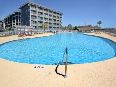 Photo for Myrtle Beach Resort A448 | Beautiful Condo with Fully Equipped Kitchen