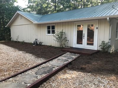 Photo for 3 Bedroom 2 Bathroom House 1 mile from Lake Burton! Newly Paved Driveway!