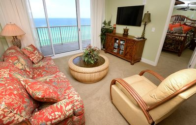 Photo for All the Comforts of Home in this Tastefully Decorated Beachfront Condo!