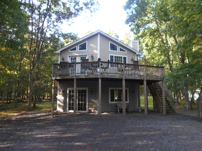 Photo for Spend your Summer Vacation in the Mtns!! Pet friendly, spacious, hot tub!!