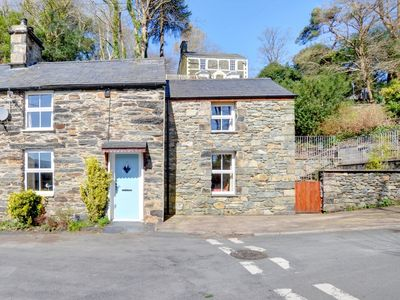 Photo for 2 Efail Wen - Two Bedroom House, Sleeps 4