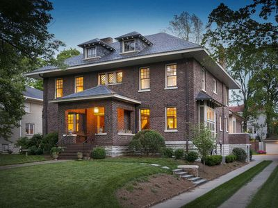 UNIQUE *NEW* Charmer, HUGE (7,000+SqFt!) Renovated Historic Home; LUXURY