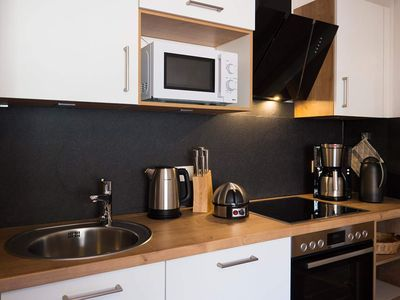 Photo for Apartment, shower, toilet, 2 bedrooms - The Peak Top 10