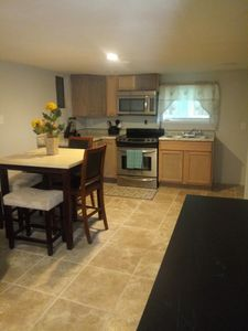 Photo for Wow renovated 2 bedroom apt!