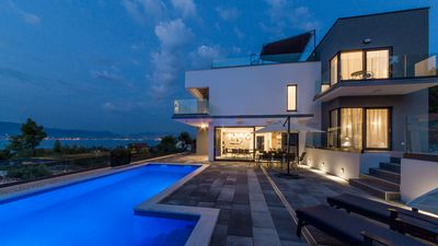 Photo for BRAND NEW!Luxury villa with heated pool and roof top jacuzzi-150m from the beach