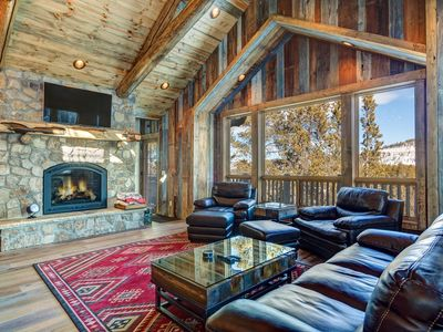 Photo for Luxury Family Chalet with Private Hot Tub