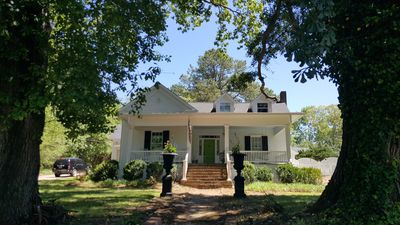 Photo for Eclectic  & Cool! Heart of Suwanee.  1 Acre w/private POOL & much more!