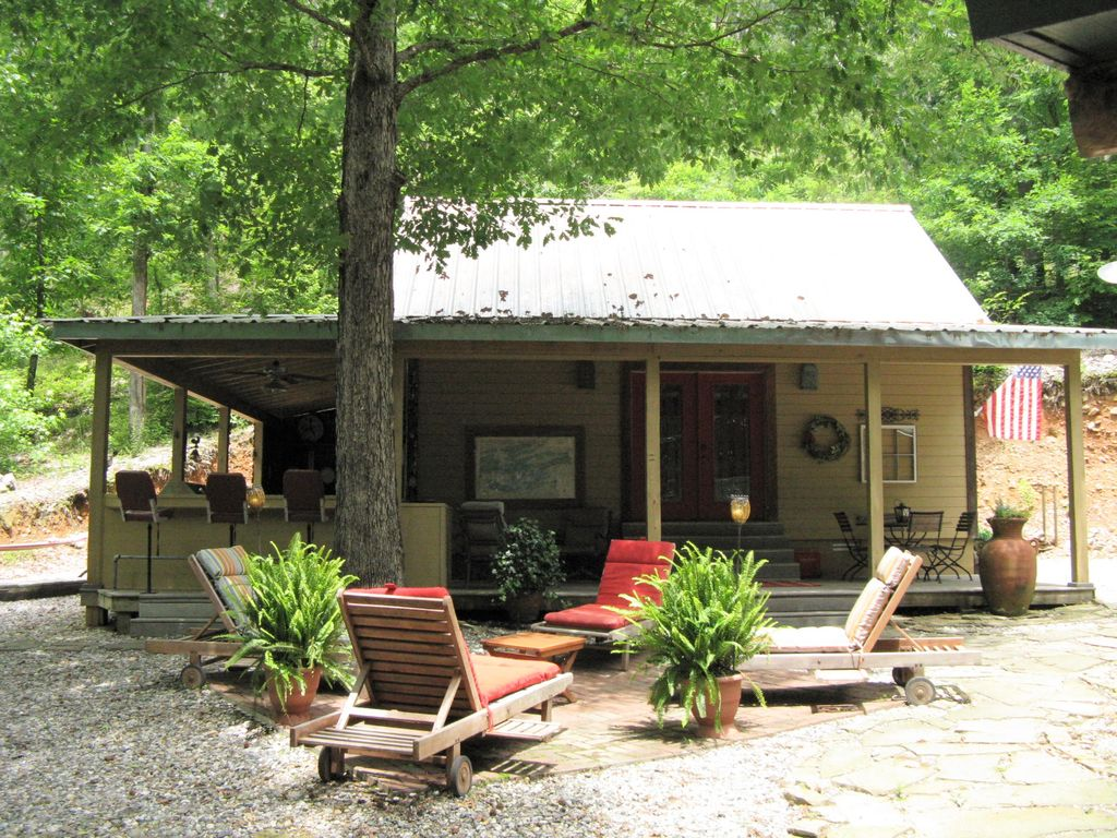 Caddo River Cabin, Near Lake Ouachita/ Hot Springs Outdoor Kitchen Hot Tub