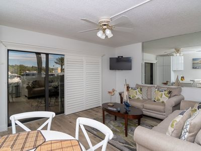Photo for Enjoy this recently updated one bedroom, one bath located on the ground floor