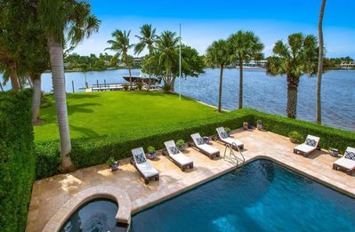 Photo for Exquisite waterfront living