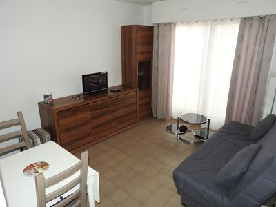 Photo for Beautiful apartment T2, near shops, beaches and restaurants with private parking