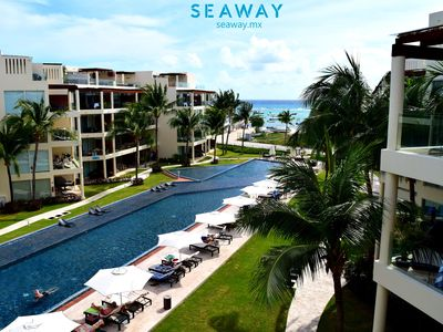 Photo for PH6 3 Bedrooms apartment at The Elements with private jacuzzi and beach