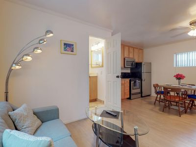 Photo for Convenient beachside studio, close to local attractions, restaurants, & shopping