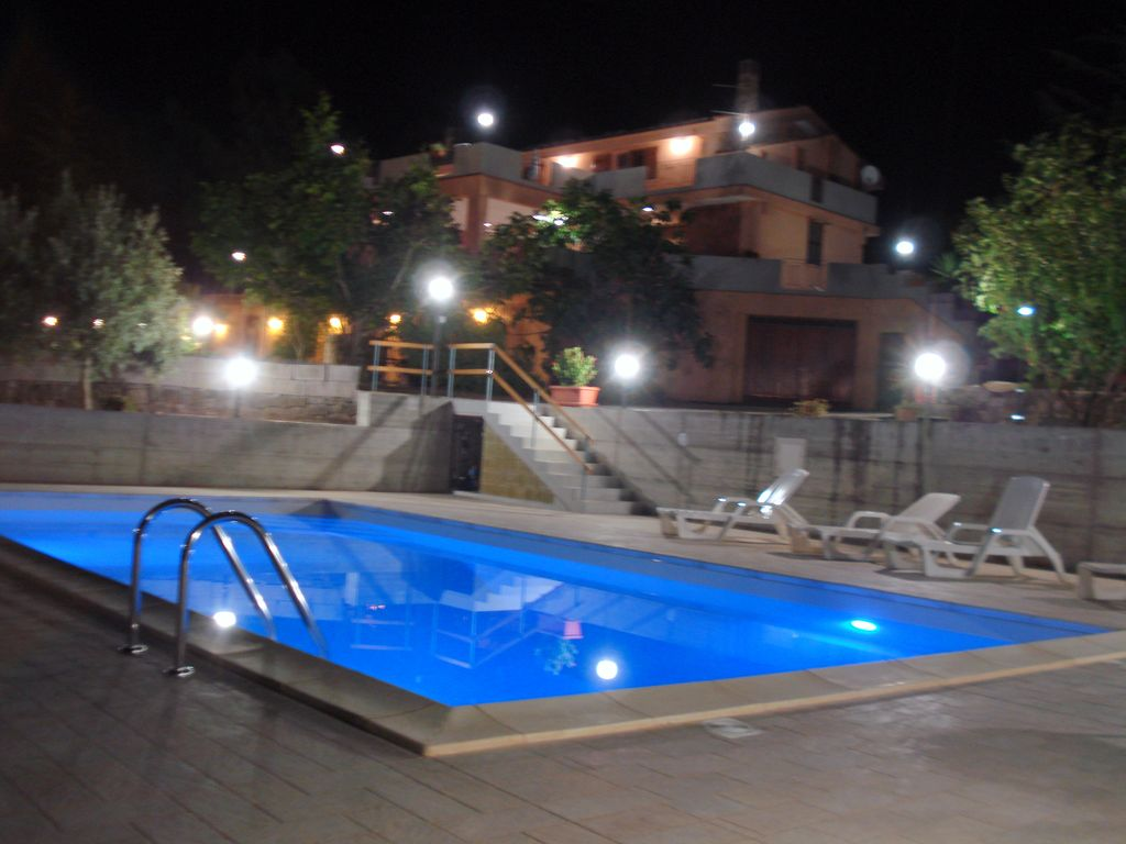 Villa Sulla Collina Con Piscina A Pochi Mi Homeaway Landscape Lighting Layout Determining What To Buy Howto Voltr Foto