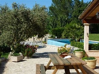 Photo for Peaceful Mallorquin Villa With Private Pool, Garden, Bbq And Covered Terraces.