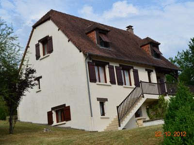 Photo for Large Perigord style property with own pool and fantastic views Near Sarlat