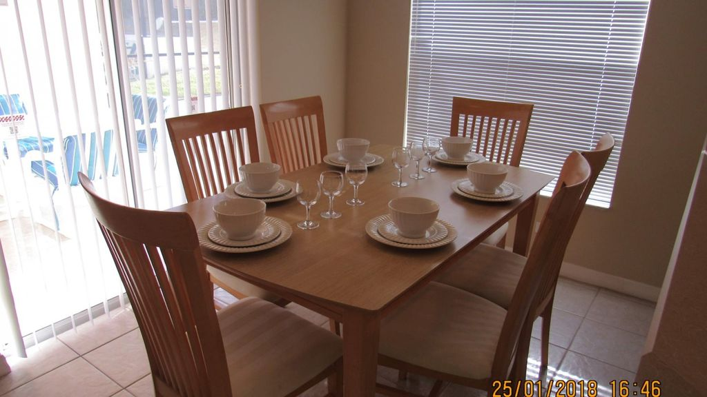 Lake Wilson Preserve 4/2 Pool Home property, fully furnished, with full kitchen, and all linens and