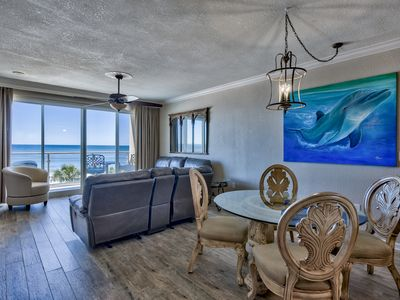 Photo for Check out photos! Vacation in comfort and luxury with beach service included!!!!