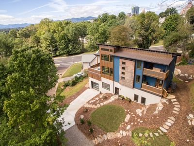 Photo for The Crows Nest 2.0 is located just a short walk from Downtown Asheville.