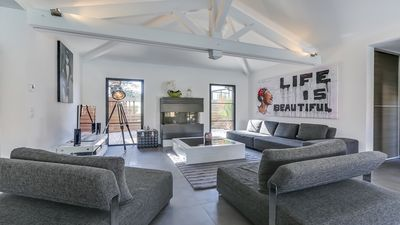 Photo for AMBIANCE VILLA, CALIFORNIAN STYLE, Contemporary. Heated swimming pool