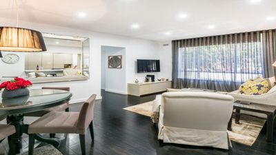 Photo for Harbourside Luxe at the Bay