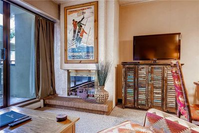 Cozy gas fireplaces large screen TV - Park City Lodging-204 Edelweiss
