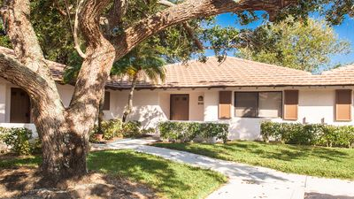 Photo for 2BR Cottage Vacation Rental in Palm Beach Gardens, Florida