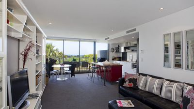 Photo for Lorne Chalet Apartment 40