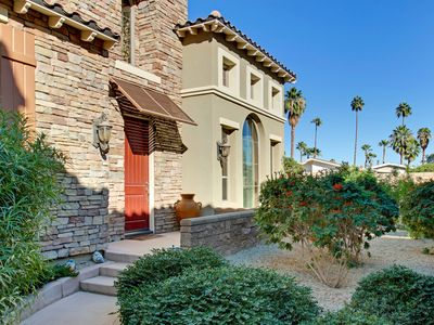 Photo for Tuscan-Style Townhome with Pools/Spas, Fitness Room, Great Location