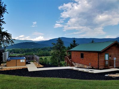 Hawksbill Retreat Cabin #8  views of the Blue Ridge Mountains.