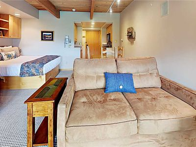 Photo for Timberline Ski-In/Out~Pool~Hot Tub~Shuttle~Restaurant