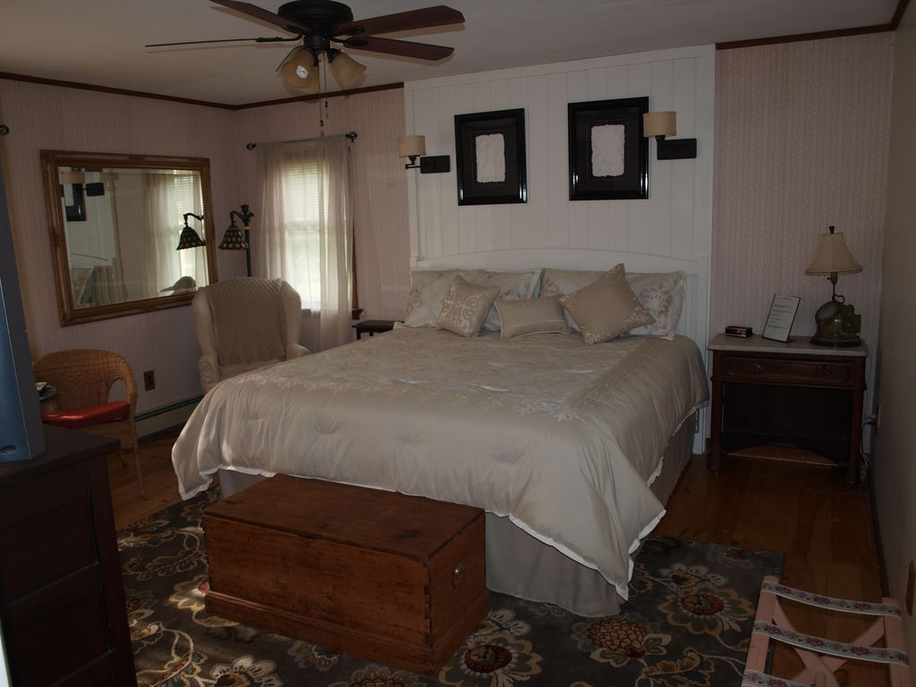 Candlelight Bed And Breakfast Vt