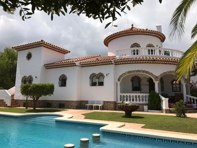 Photo for Wonderful villa with large private pool