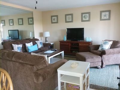 Photo for Sanibel Siesta on the Beach unit 209