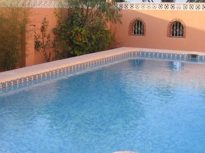 Photo for Beautiful villa with pool by the sea
