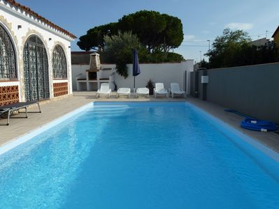 Photo for Villa to rent in Spain Escala 10 pers. With large pool