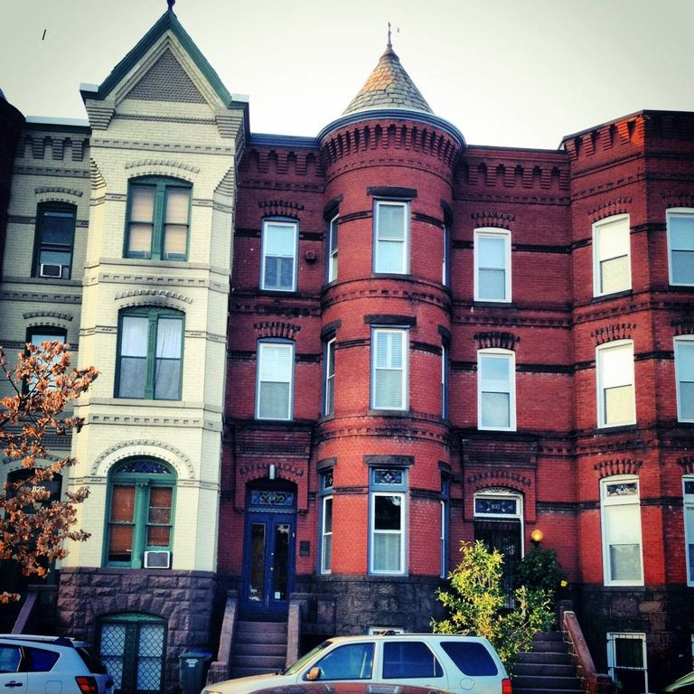 Capitol Hill/Eastern Market Furnished Apartment (Family